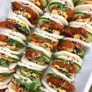 Karaage Chicken Bao Bun & Sriracha Mayo