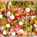 Heirloom tomato & boconncini salad (6-8 pax)