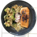 Salmon macro bowl
