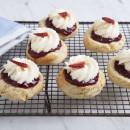 Scones with Jam, Cream & Strawberries (2pp)