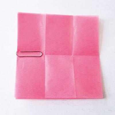グラシン紙で手作り薔薇のコサージュ - step3