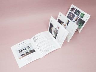 蛇腹折り5山+かぶせ折りの商品カタログ