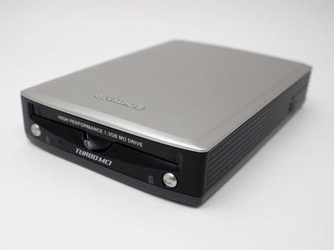 MOディスクドライブ(オリンパス 1.3GB対応)前面