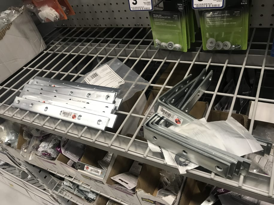 Right angle brackets in Lowes