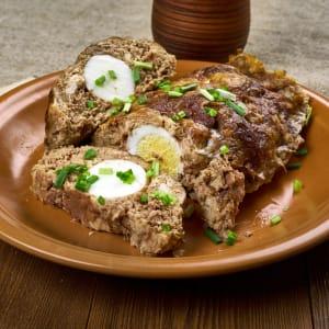 meal prep bestellen - Falscher-Hase mit Dijon-Senfsoße und Speckbohnen