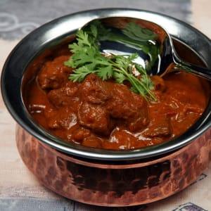 fitmeals - Madras Beef Curry mit Cashew-Quinoa