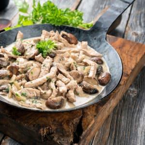 prep my meal - Hähnchengeschentzeltes mit verschiedenen Pilzen und Brokkolikuchen