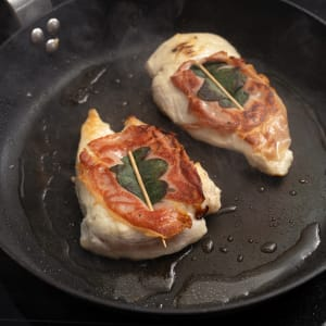 prep my meal - Hähnchen-Saltimbocca alla Romana mit Brokkoli-Puffer
