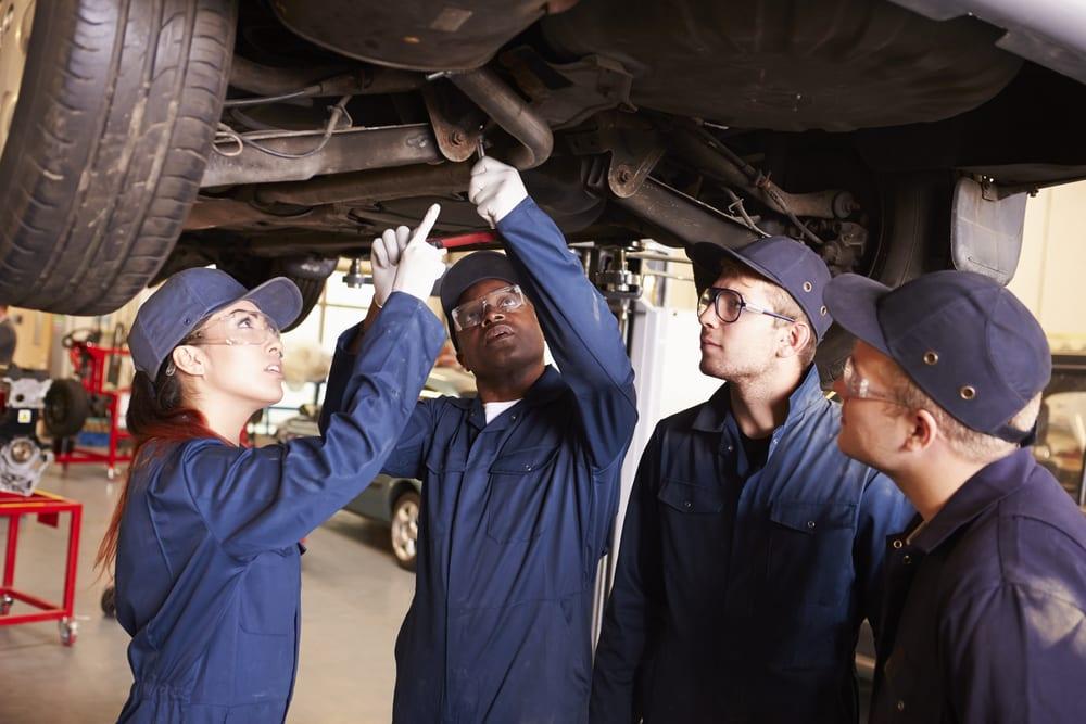 10 Best Entry Level Auto Mechanic Jobs Yourmechanic Advice