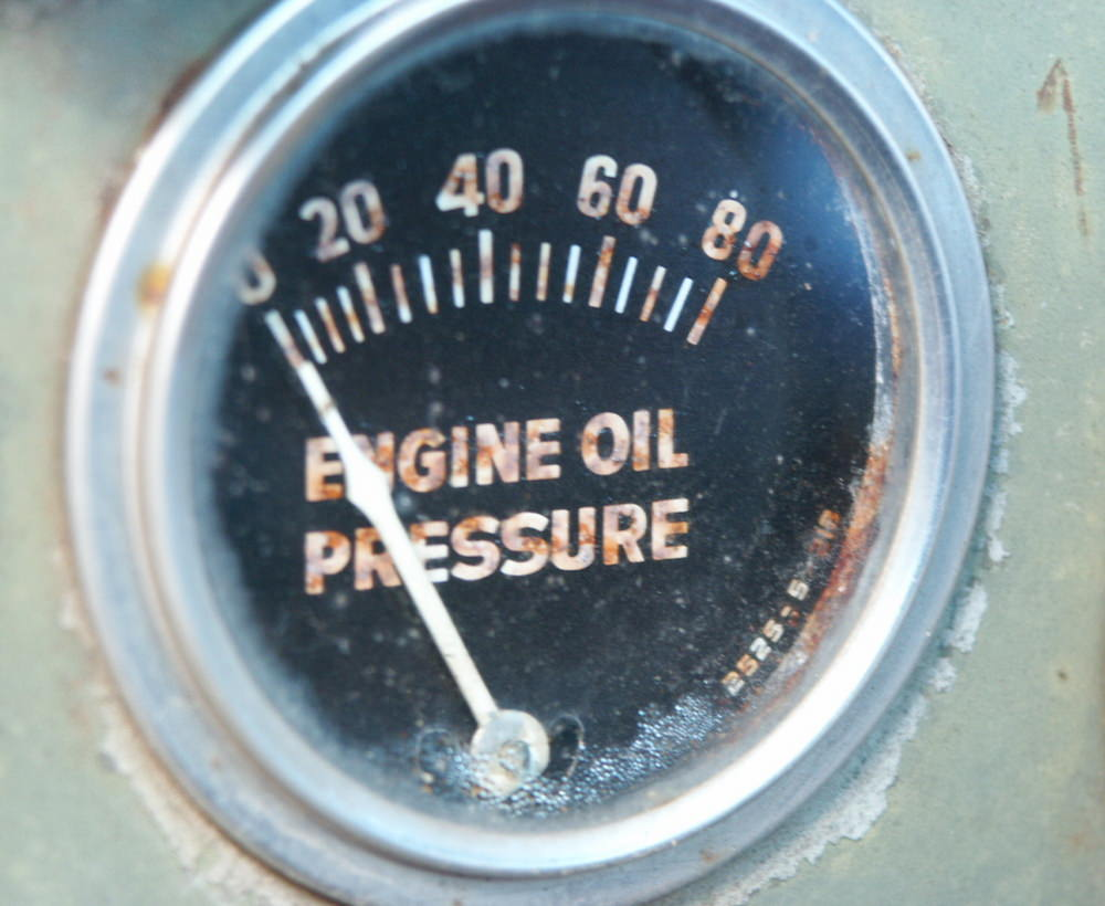 How Do You Know If the Oil Pressure Gauge Is Bad
