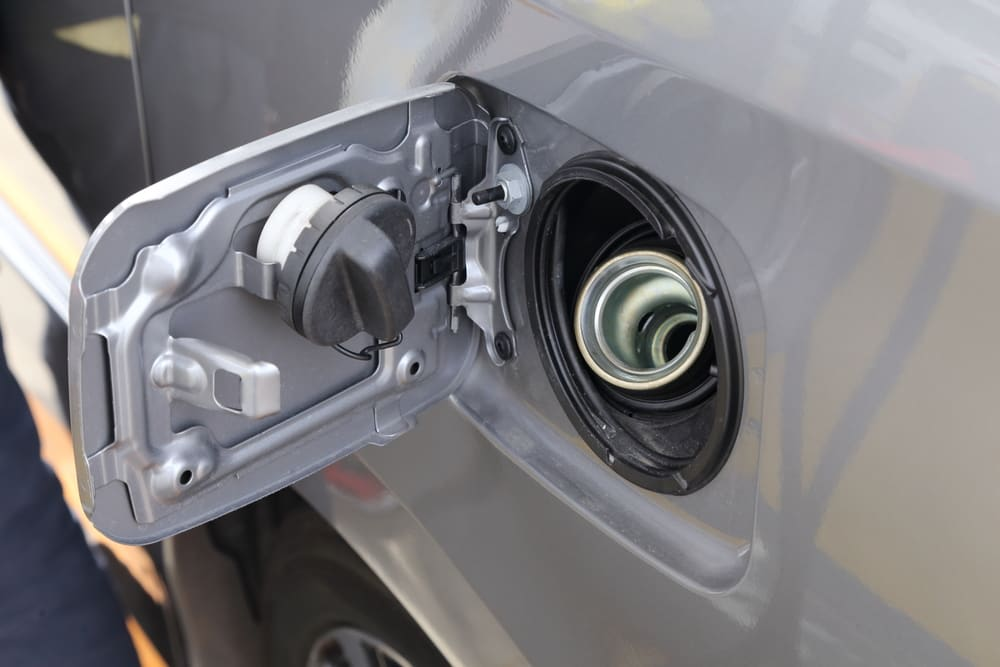 Is It Safe To Drive With The Gas Cap Light On Yourmechanic Advice
