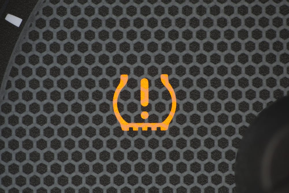 Check Tpms System >> Is It Safe To Drive With The Tpms Light On Yourmechanic