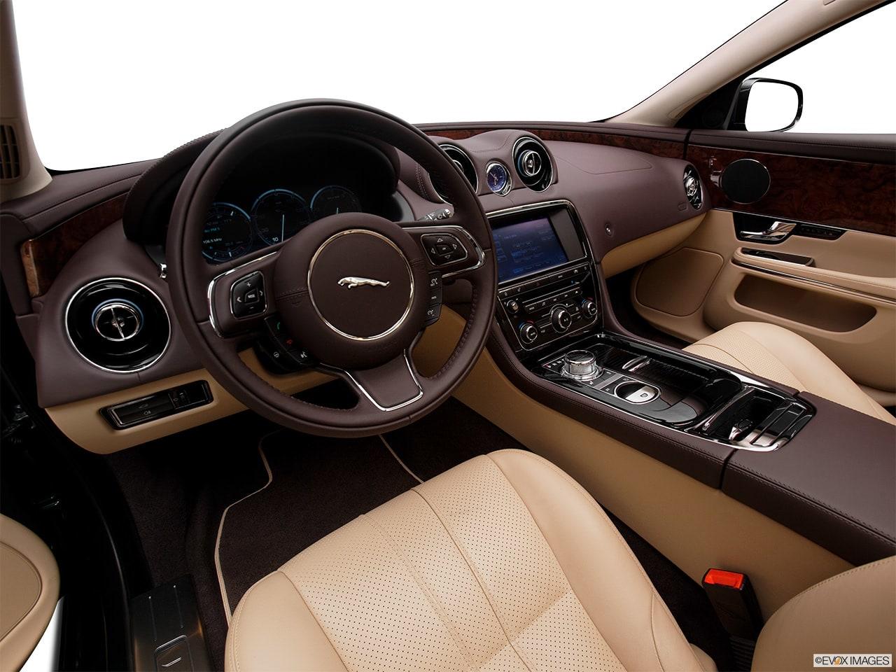 Jaguar XJ 2012 Interior