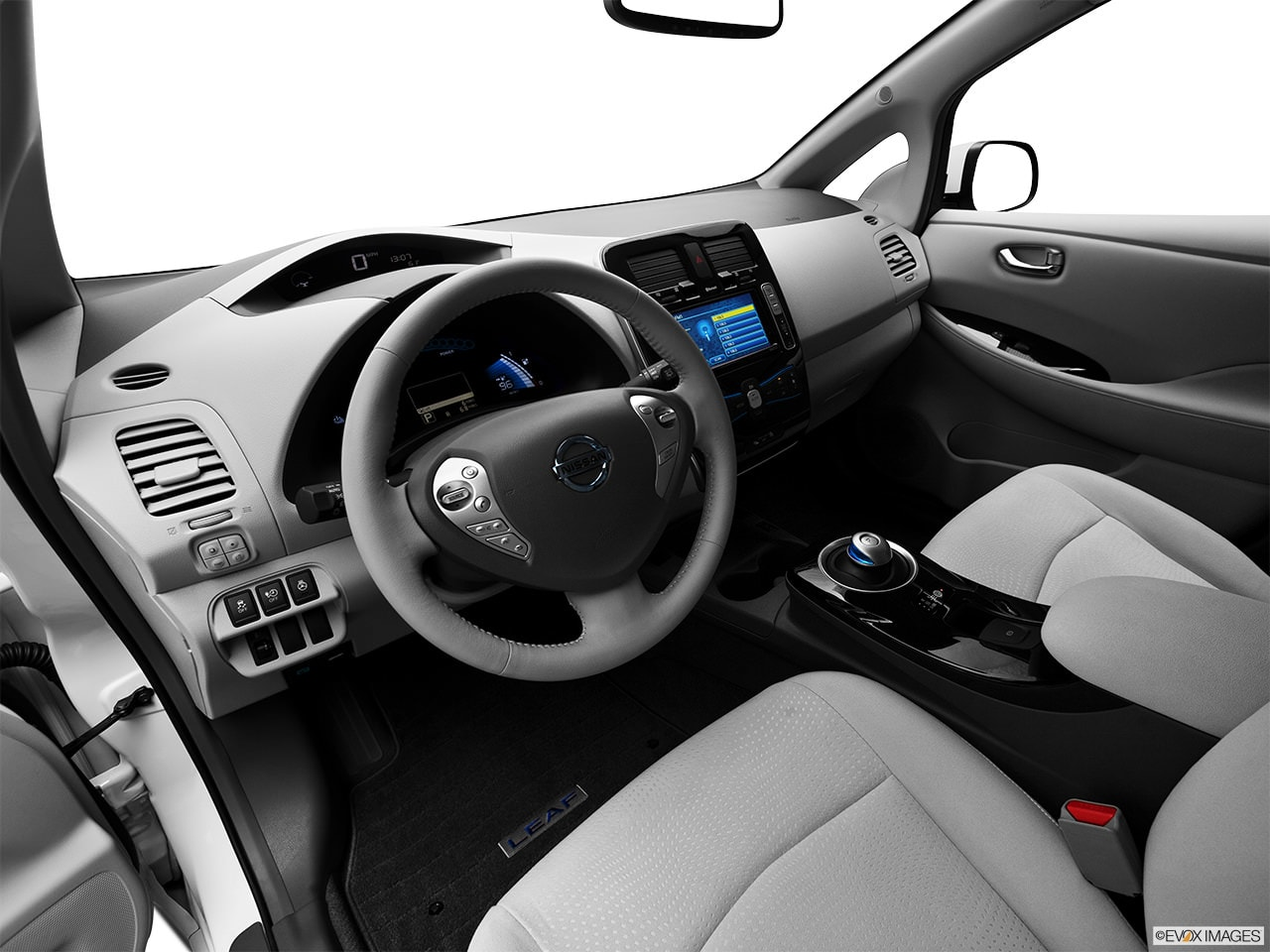 Nissan LEAF 2012 Interior
