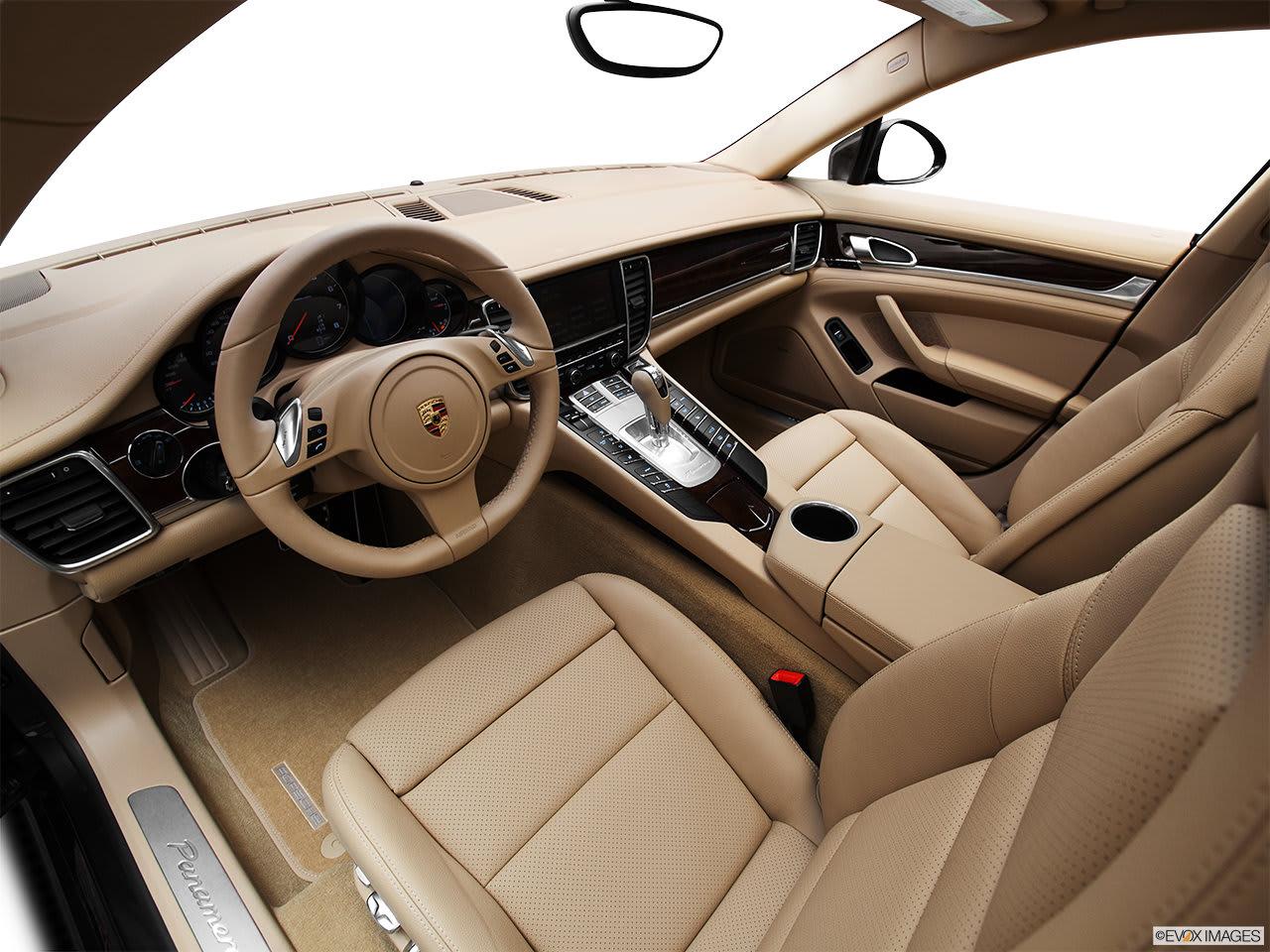 Porsche Panamera 2012 Interior