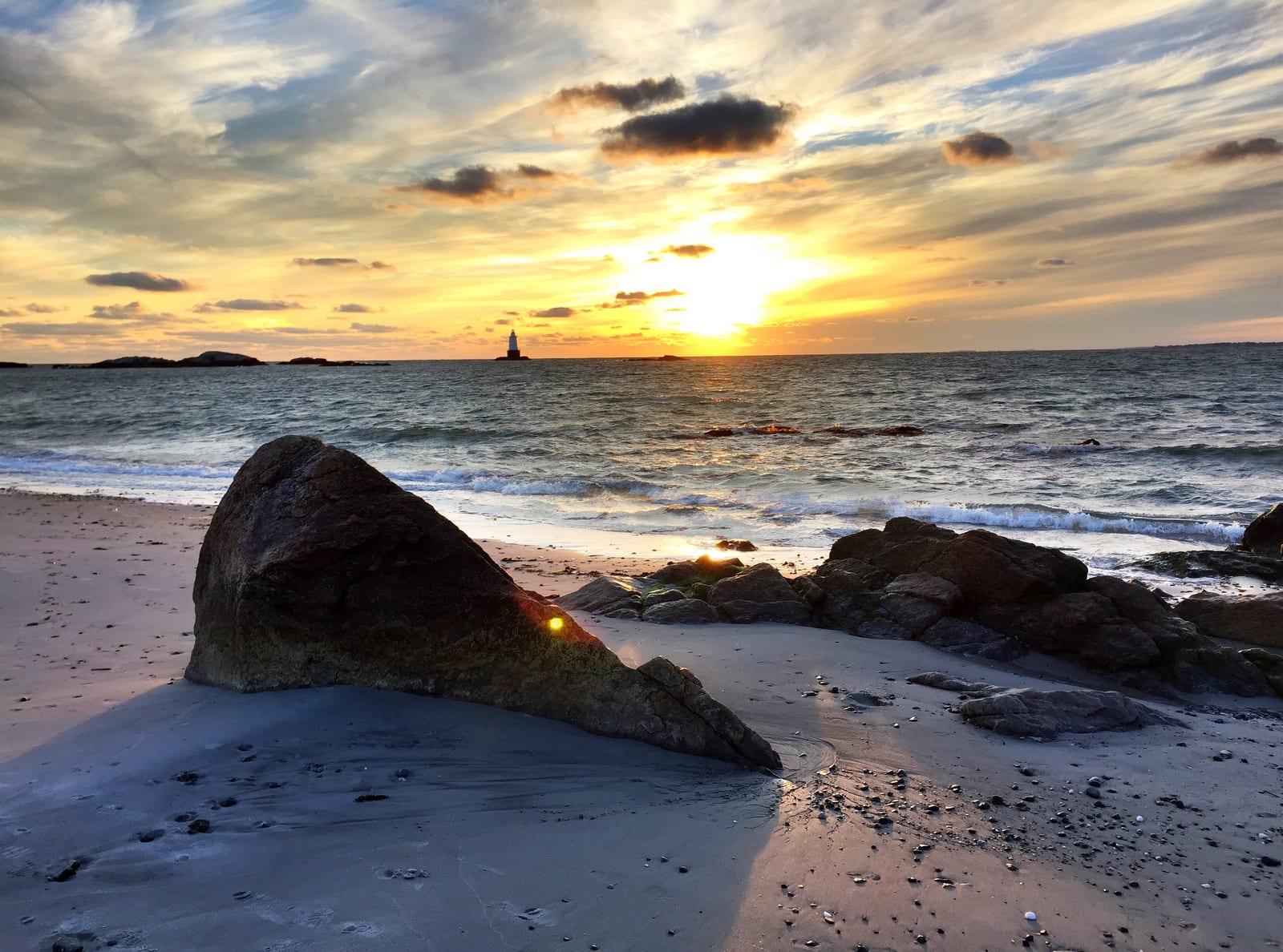 Rhode Island 77