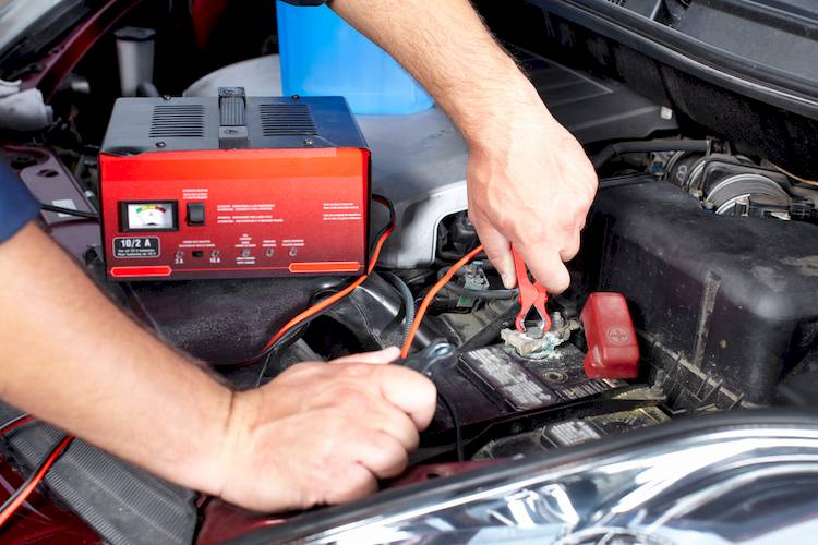 Symptoms of a Bad or Failing Battery | YourMechanic Advice
