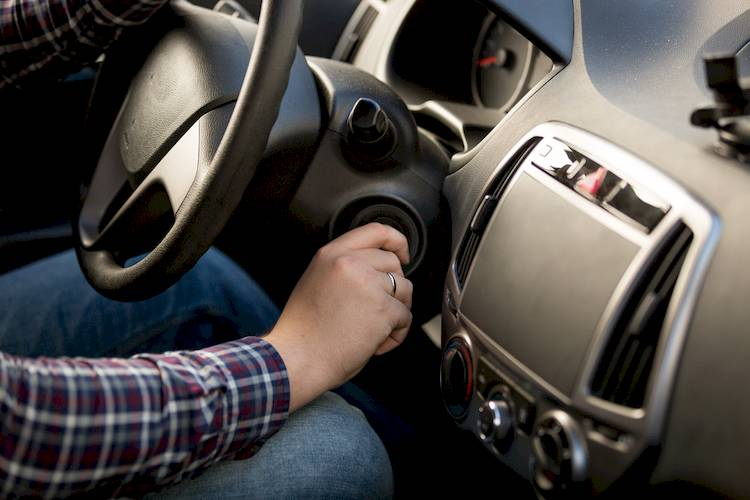 Symptoms of a Bad or Failing Ignition Ignitor | YourMechanic