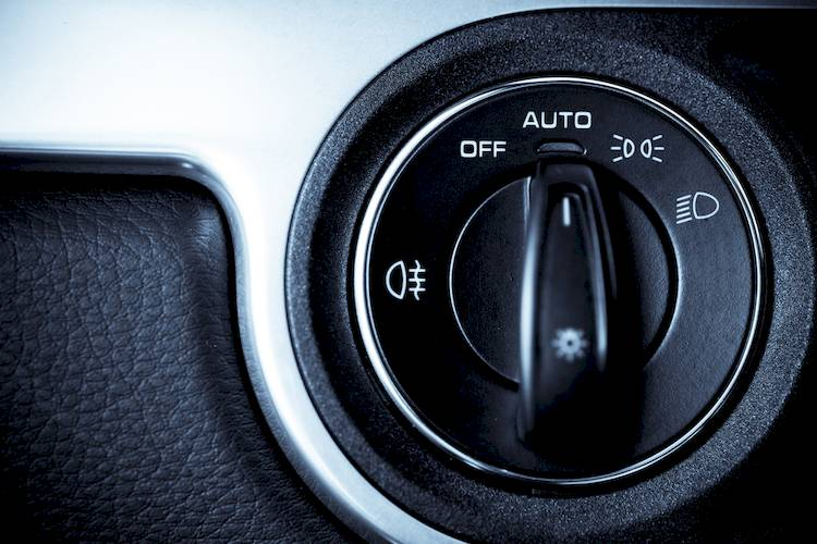 Symptoms of a Bad or Failing Headlight Switch | YourMechanic