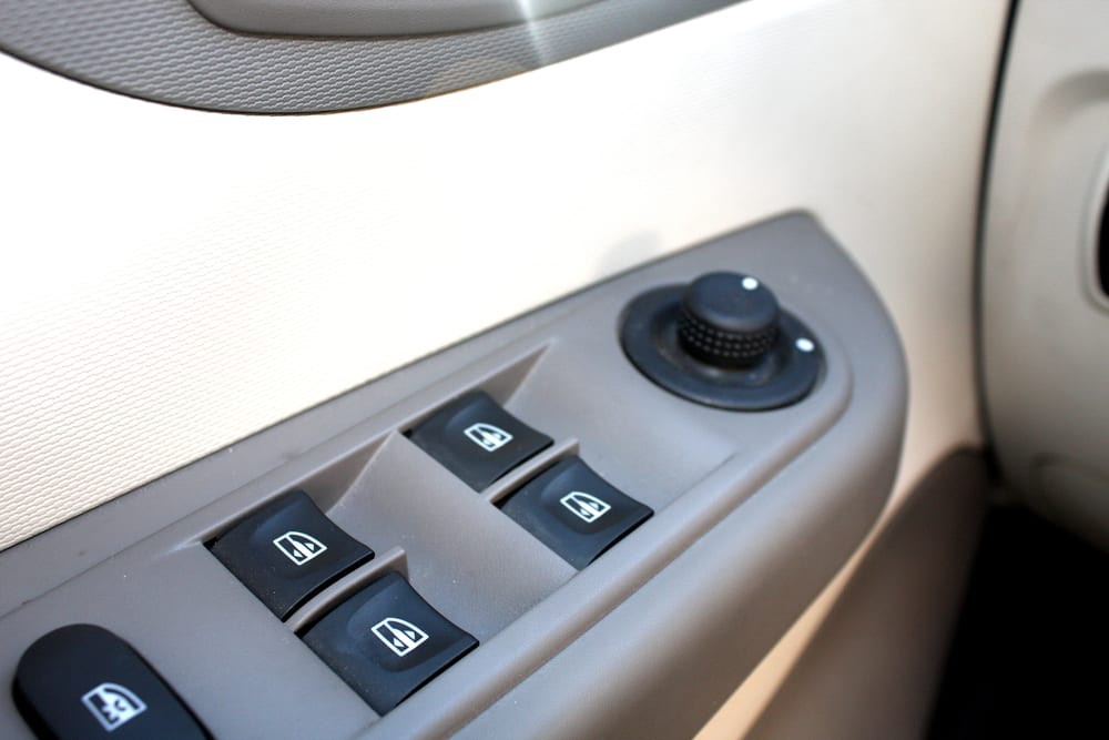 Wondrous 4 Essential Things To Know About Your Cars Power Windows Spiritservingveterans Wood Chair Design Ideas Spiritservingveteransorg
