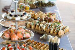 מגשי אירוח לכל אירוע