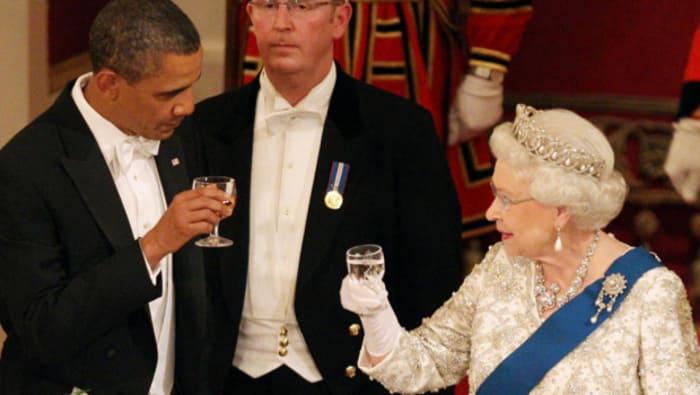 Porter un toast en Angleterre