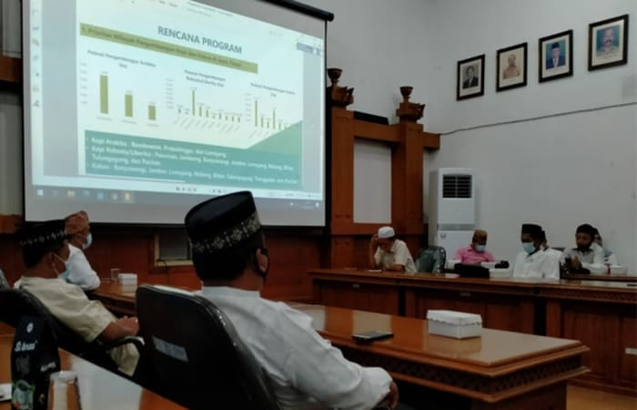Tidak Disangka, MUI Jatim Ajak MUI Daerah untuk Seriusi Persoalan Ekonomi