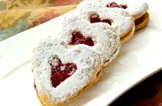 """עוגיות """"לב"""" ריבה"""
