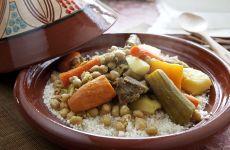 קוסקוס מרוקאי ביתי עשיר בירקות ובשר