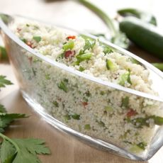 סלט קוסקוס צבעוני עם ירקות ברוטב לימוני