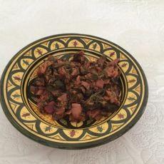 סלט עלי מנגולד מרוקאי