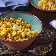 מקלובה של אורז מלא וירקות