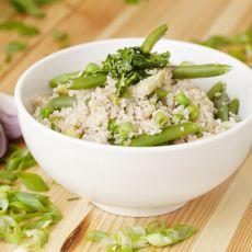 קוסקוס מלא עם ירקות ירוקים
