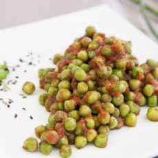 אפונה / שעועית ירוקה ברוטב עגבניות