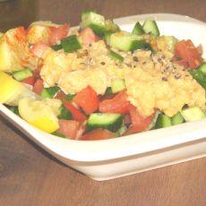 סלט ירקות עם רסק לימון כבוש