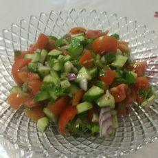 סלט ירקות קצוץ