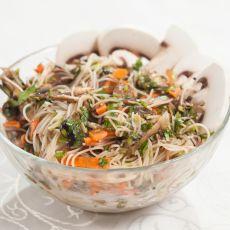 סלט אטריות אורז