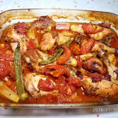עוף בתנור בתוספת תפוחי אדמה