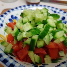 סלט ירקות קצוץ דק