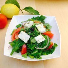 סלט ירקות ים-תיכוני