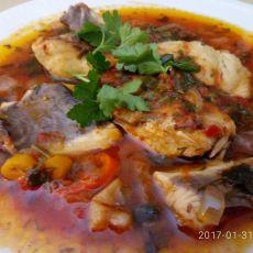 פילה דג בורי ברוטב עגבניות חריף מעודן