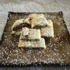 עוגיות מגולגלות במילוי שוקולד או ריבה ביתית