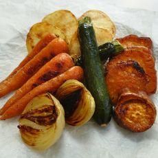 """""""הפתעת"""" ירקות בתנור :)"""