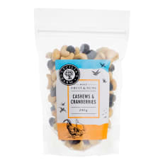Cecilia's Farm Cashews & Cranberries, 250g
