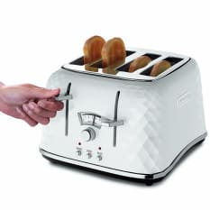DeLonghi Brilliante 1800W 4 Slice Toaster