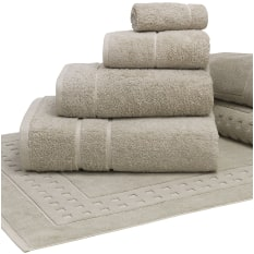 Terry Lustre 710gsm Bath Towel