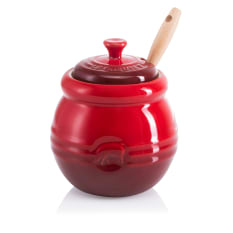 Le Creuset Barbecue Pot with Basting Brush