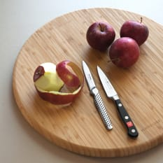 Yuppiechef Round Bamboo Chopping Board