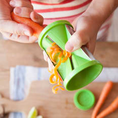 Kitchen Craft Handheld Two in One Spiralizer