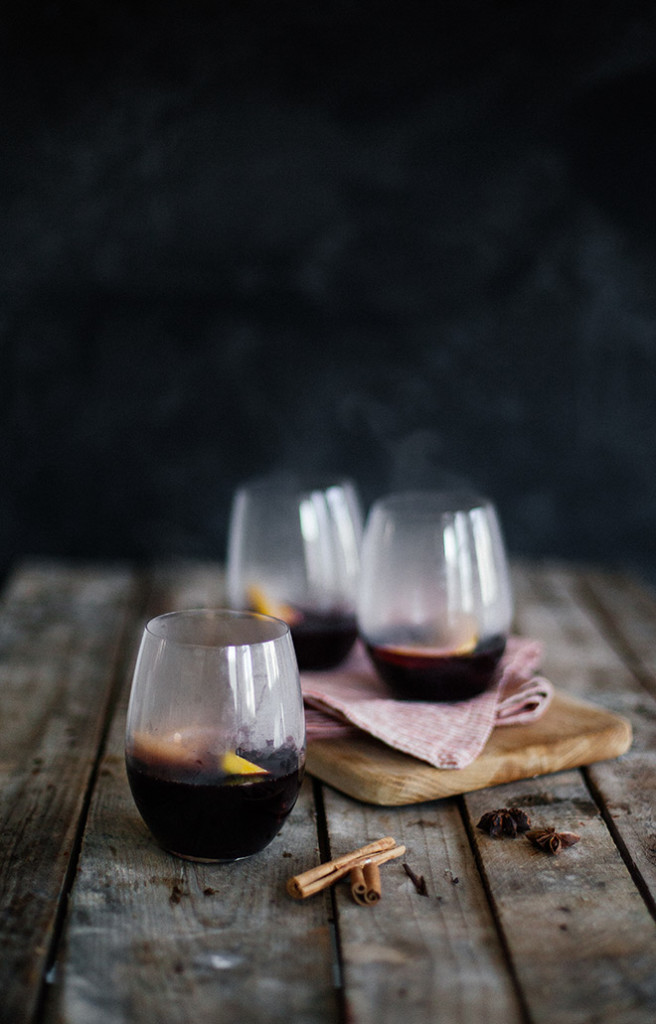 Star-anise-cinnamon-and-orange-mulled-wine-final